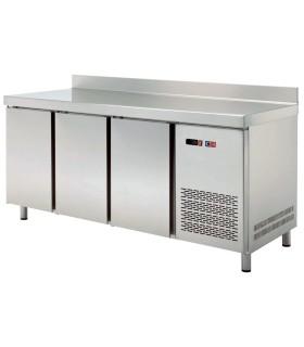 Mesa Snack Refrigerada 3 puertas MRCH-200